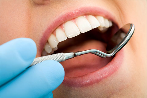 Find the Best Dentist in Delhi